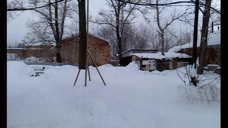 Коминтерн, ул.Павла Корчагина 84 (во дворе)