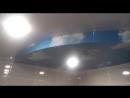 Двухуровневый натяжной потолок в ванной комнате (фактура Облака белый глянец)