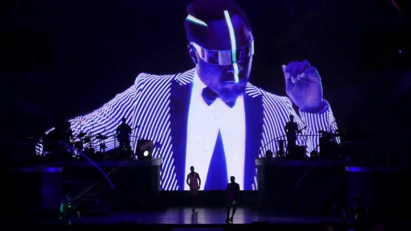 Britney Spears - Scream Shout Boys - Piece of Me Tour 2018 - Live @ Mönchengladbach