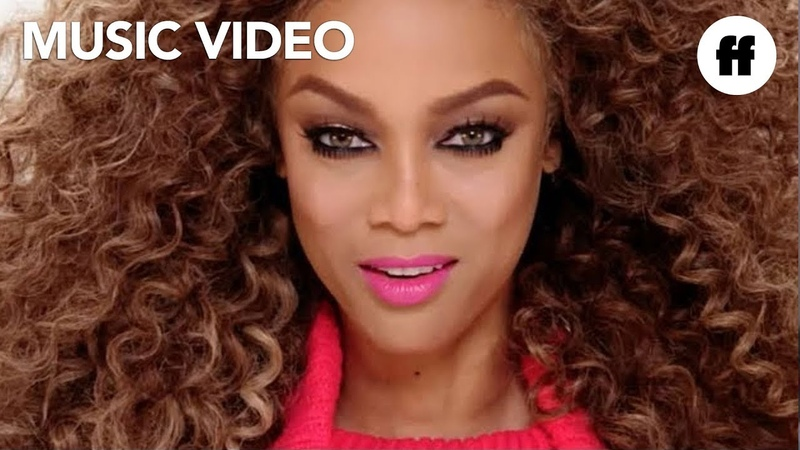 Tyra Banks ft. New Fear's Eve - Be A Star 2 (Official Video) | Life-Size 2