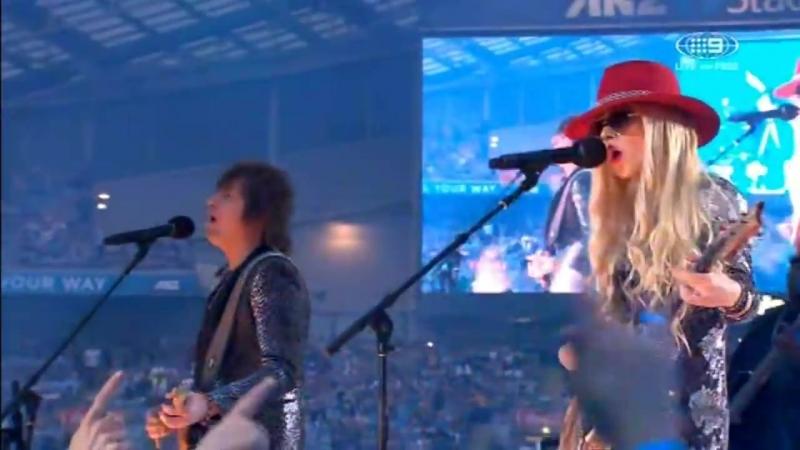 Richie Sambora and Orianthi - Dead Or Alive - Livin On A Prayer - Live in Sydne