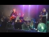 Noel Gallaghers High Flying Birds - Wonderwall (Oasis cover)