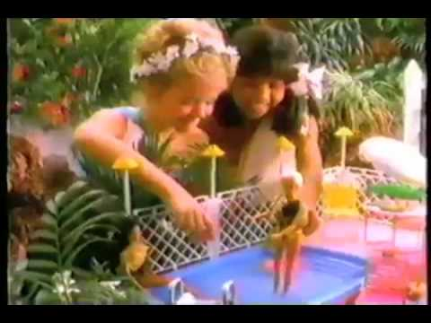 HIGHER QUALITY VINTAGE 80'S BARBIE TROPICAL POOL AND PATIO COMMERCIAL