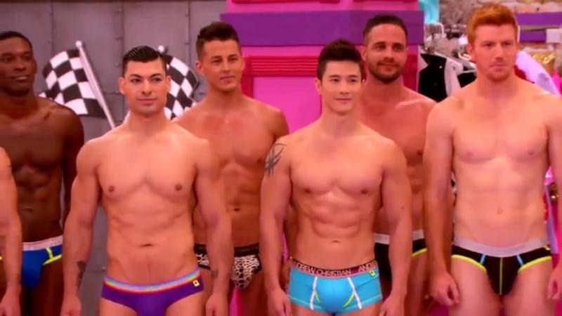 RuPaul's Drag Race Oh Pit Crew - Season 8 Episode 7 Top vs Bottom Bunk