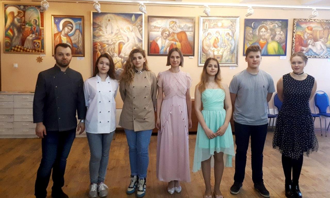 """студенты колледжа """"Царицыно"""" на бале """"Красная горка"""" в клубе """"Сфера"""""""