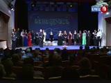 «Бенефису» - четверть века: 25-летний юбилей коллектив отметил ярким театральным капустником с самыми преданными зрителями