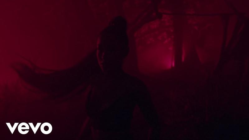 Ariana grande nicki minaj — the light is coming