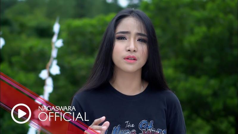 Caramel - Saat Coba Meraih Cintamu (Official Music Video NAGASWARA) music