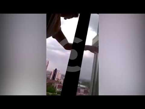 Полное видео | 17 летний студент разбился в Самаре | парень выпал из окна