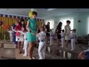 10 Танец с мамами мальчики