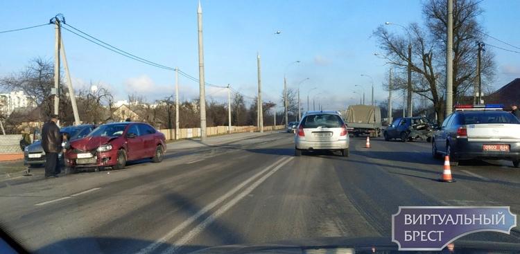 "На ул. Суворова у Южного произошло ""попутное""  ДТП"