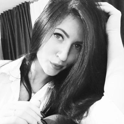 Наташа Циленковская