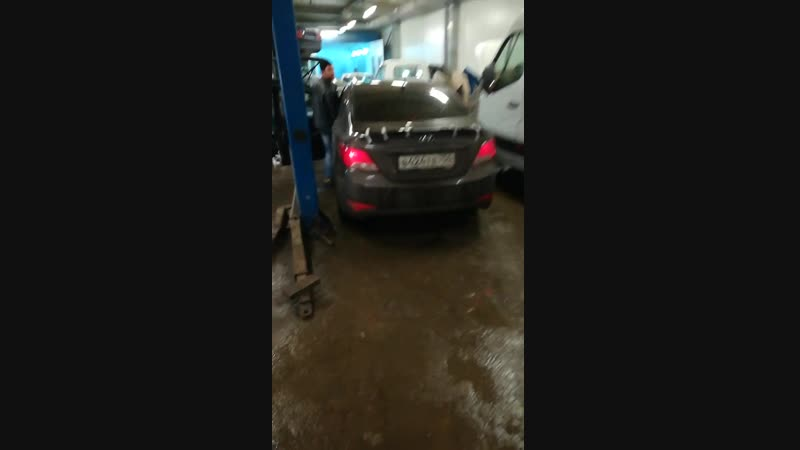Спойлер Hyundai Solaris c Led стоп сигналом
