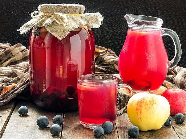 Разница между морсом и компотом Напитки домашнего приготовления не только вкусны, но и полезны в них нет консервантов, красителей и каких бы то ни было других добавок. Среди длинного списка