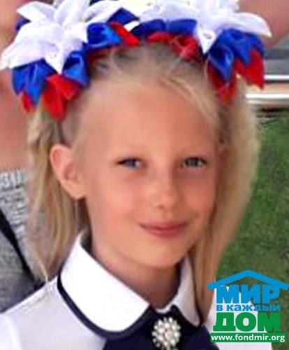 Маша Степанова, 8 лет.