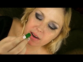 Giantess gummy swallow