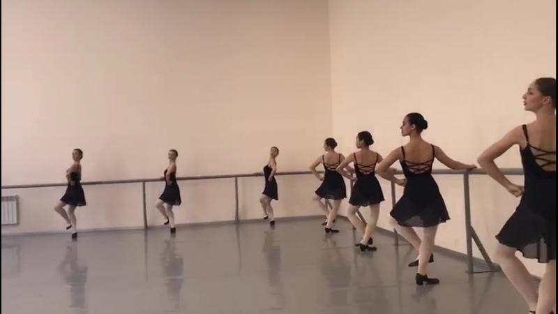 Народно-сценический танец,зачёт(2семестр- 1,2год обучения в уч.),каблучное упражнение
