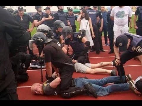 Азовец не подавший руку Порошенко арестован Начало конца