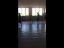 Киберспортсмены на зарядке в бойцовском клубе Легион