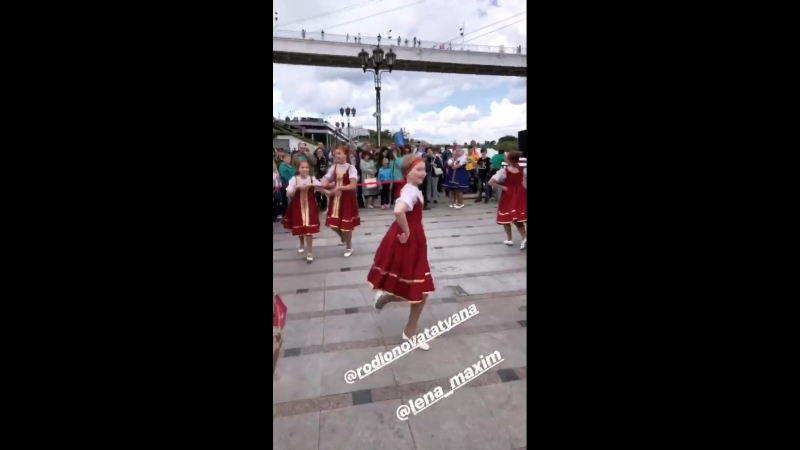 Инстаблогер Ирина Акопян @monstrikirka на Дне России 2018 в Тюмени