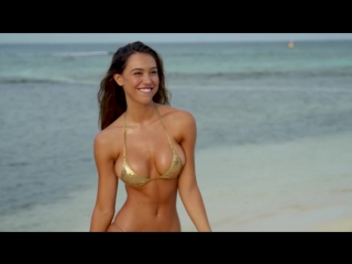 Alexis Ren Feels Like a Diva | Candids | Sports Illustrated Swimsuit
