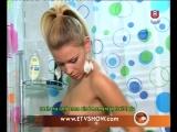 Shower..Roshana,Anna and Mia..