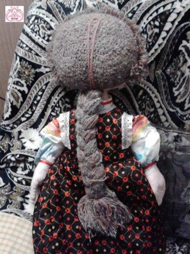 Прическа, связанная крючком для текстильной куклы.