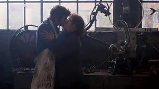 older woman kiss younger boy (Bazar 2009)