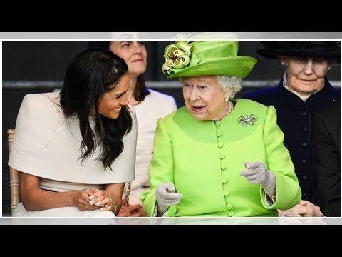 Сердечные фотографии Королевы Елизаветы ii и Меган Маркл Королевская семья