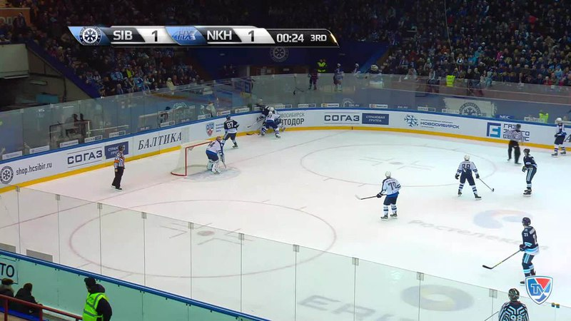 Моменты из матчей КХЛ сезона 14 15 Гол 2 1 Максим Шалунов Сибирь вывел хозяев вперёд под занавес третьего периода 06 01