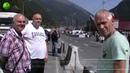 Туристы требуют уволить сотрудников российской таможни на границе с Грузией
