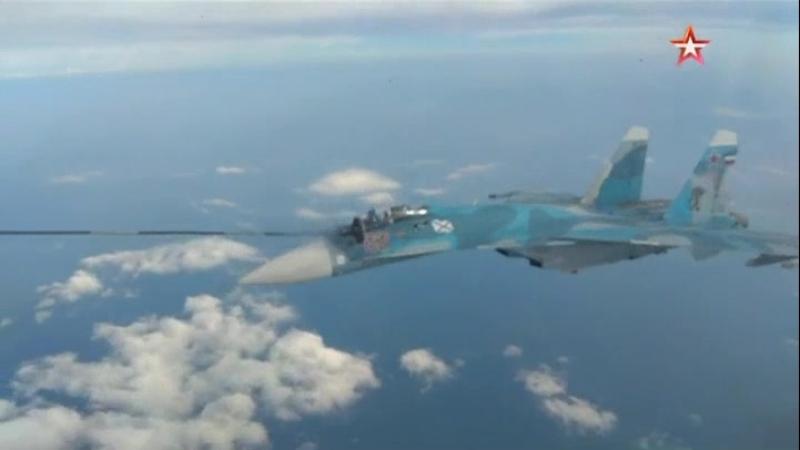 Палубные летчики-истребители Северного флота завершили тренировки по дозаправке в воздухе