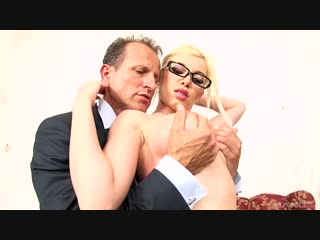 Donna bell - идеальная секретарша