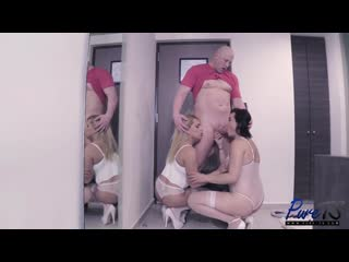 [pure-ts] gevana ocadiz & mona vela - getting lucky in mexico [2019 г., threesome, shemale, hardcore, 1080p]