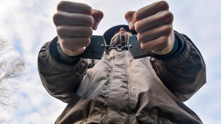 Полицейские задержали двух мужчин из Зеленчукского района находящихся в розыске