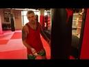 Работа на мешке c Андреем Басыниным тренировка ударов руками на мешке в тайском боксе муай тай