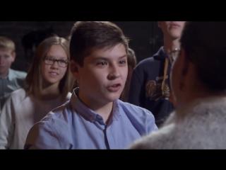 Рэп Баттл Школьник VS Училка! Versus, Гуф и Птаха упомянуты во имя хайпа