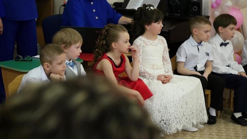 30.05.2018Г. Выпускной младшего внука в детском саду №58... внучёк пойдёт в школу в 6 лет...