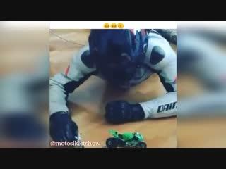 16+㋛ Видео от msamoto. Предлагаем лучший мотопластик из Китая.
