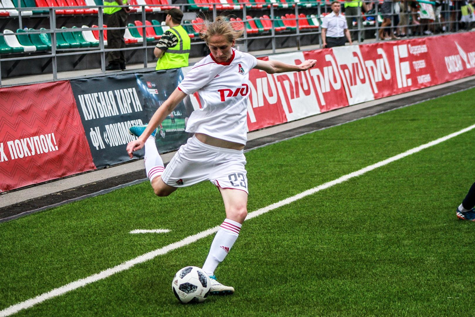 ЖФК Локомотив. Фото: Дмитрий Бурдонов / Loko.News