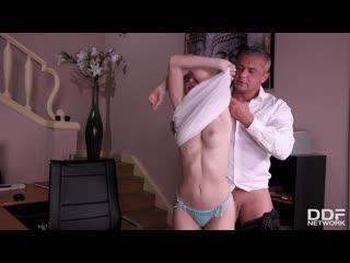 Olivia sin - secretary of sin / трахает секретаршу на работе [blowjob, facial, handjob, natural tits, office, orgasm, russian]