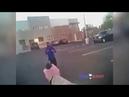 Бородач с ножом пулю поймал от полицейского
