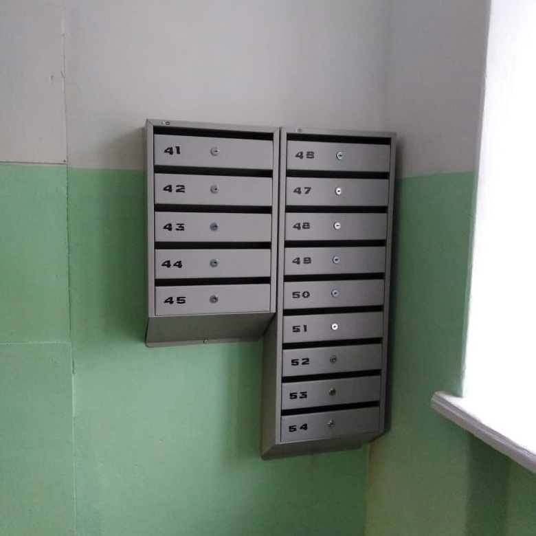 Установили новые почтовые ящики на Испытателей, 29