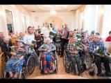 Добровольцы Putin Team устроили праздник для пожилых учителей