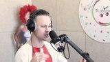 Артем Пивоваров спел свою песню