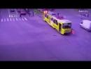 Взбесившийся трамвай в Екатеринбурге