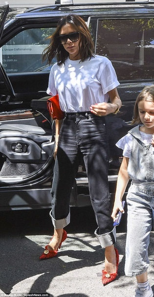 Галь Гадот на съемках фильма Чудо-женщина Виктория БекхэмПриянка Чопра и Ник ДжонасПэрис и Принц Майкл