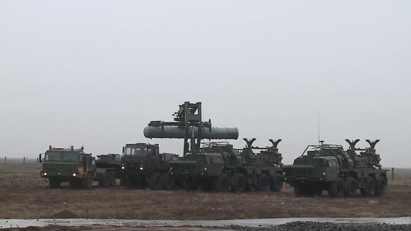 С-400 уничтожили низколетящие ракеты под Астраханью
