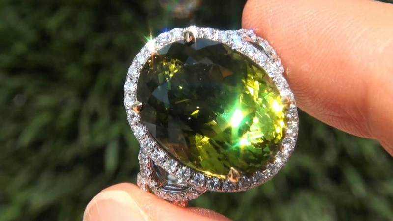ESTATE SALE - Internally Flawless Clarity 19.23 Carat Natural Green Tourmaline Diamond Ring