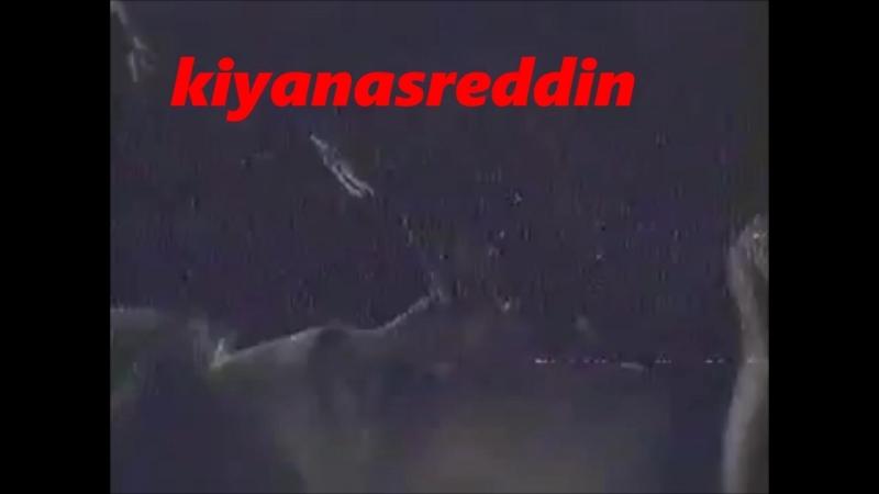 Ahu Tuğba Damga filminde yıkanma ve Cüneyt Arkınla sevişmesi kısa versiyon - erotik scene in turk film